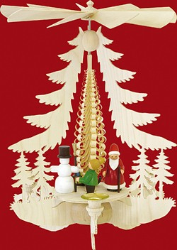 Pyramid Christmasfigures - colored